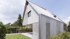 House W / Studio Prototype