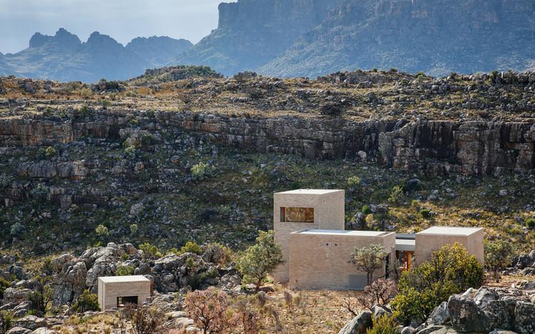 Casa en las Montañas  / Wolff Architects, © James Puttick