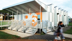 Energy Positive Relocatable Classroom / Anderson Anderson Architecture