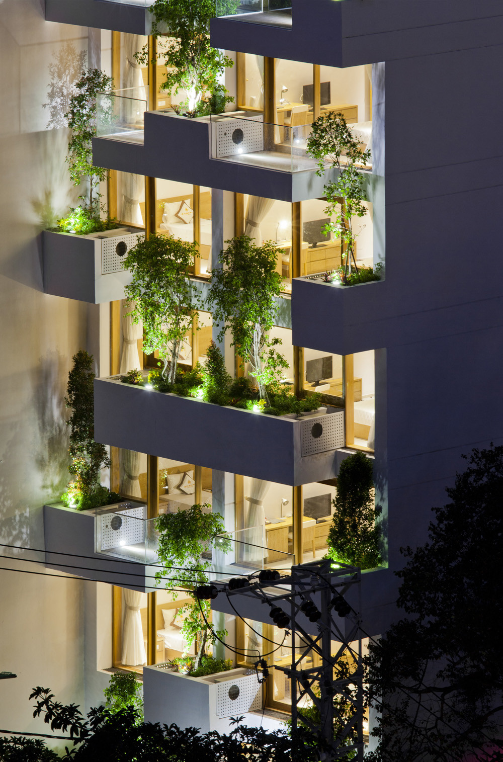 Gallery of hotel golden holiday in nha trang trinhvieta for Green hotel design