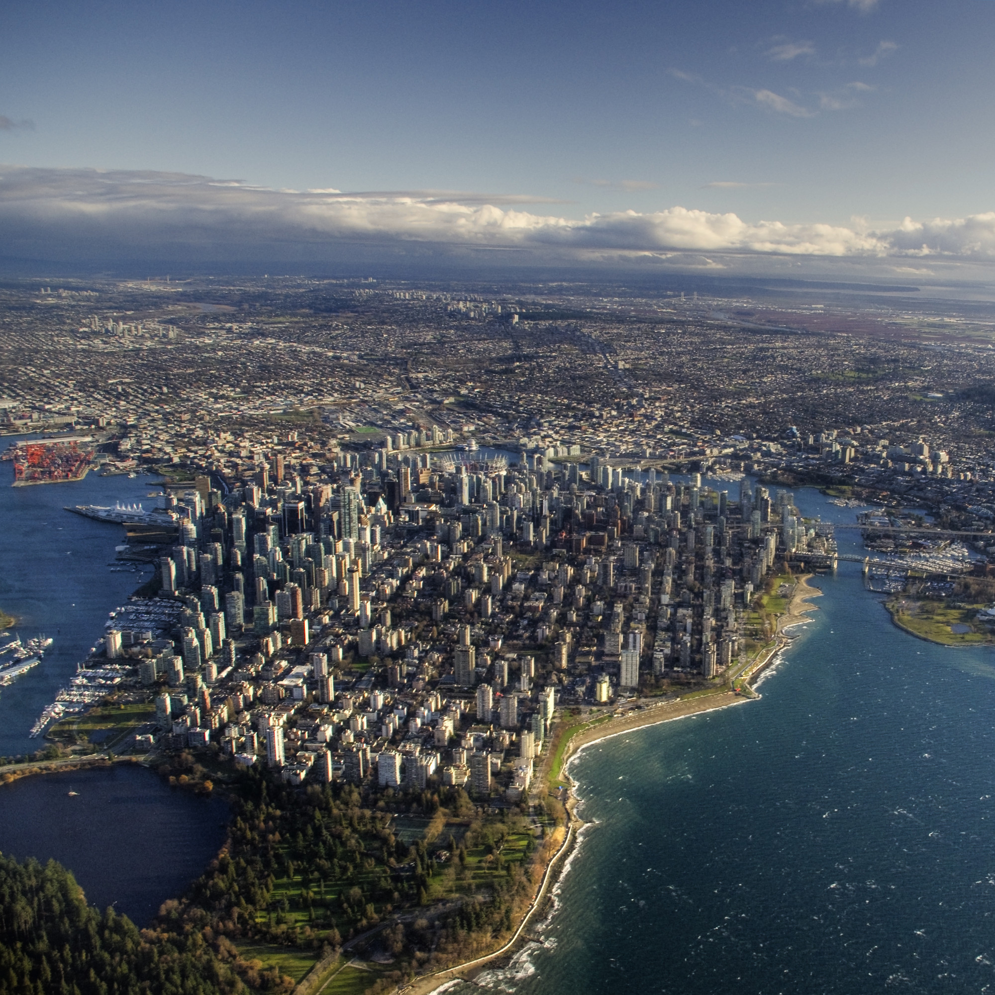 RISE Competition Seeks Ideas to Combat Sea Level Rise in Vancouver, Downtown Vancouver. Image Courtesy of SFU