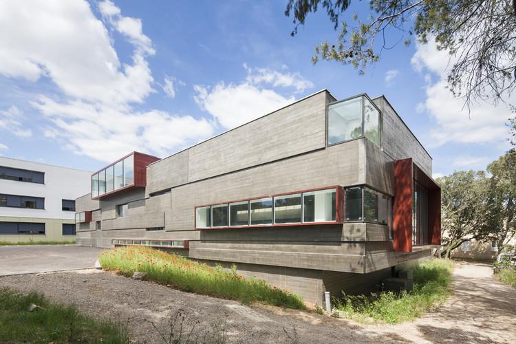 Ampliación y Reestructuración de la Escuela Secundaria de Castries / MDR Architectes, © Mathieu DUCROS