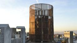 """""""Los Caminos del Agua"""": un nuevo hito para el cementerio de Pencahue, Chile"""