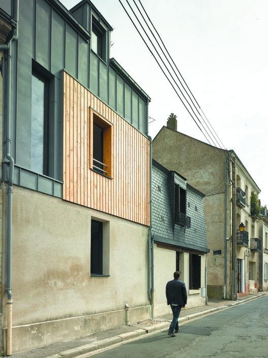 Rue Losserand  / atelier 100architecture, © Brice Desrez