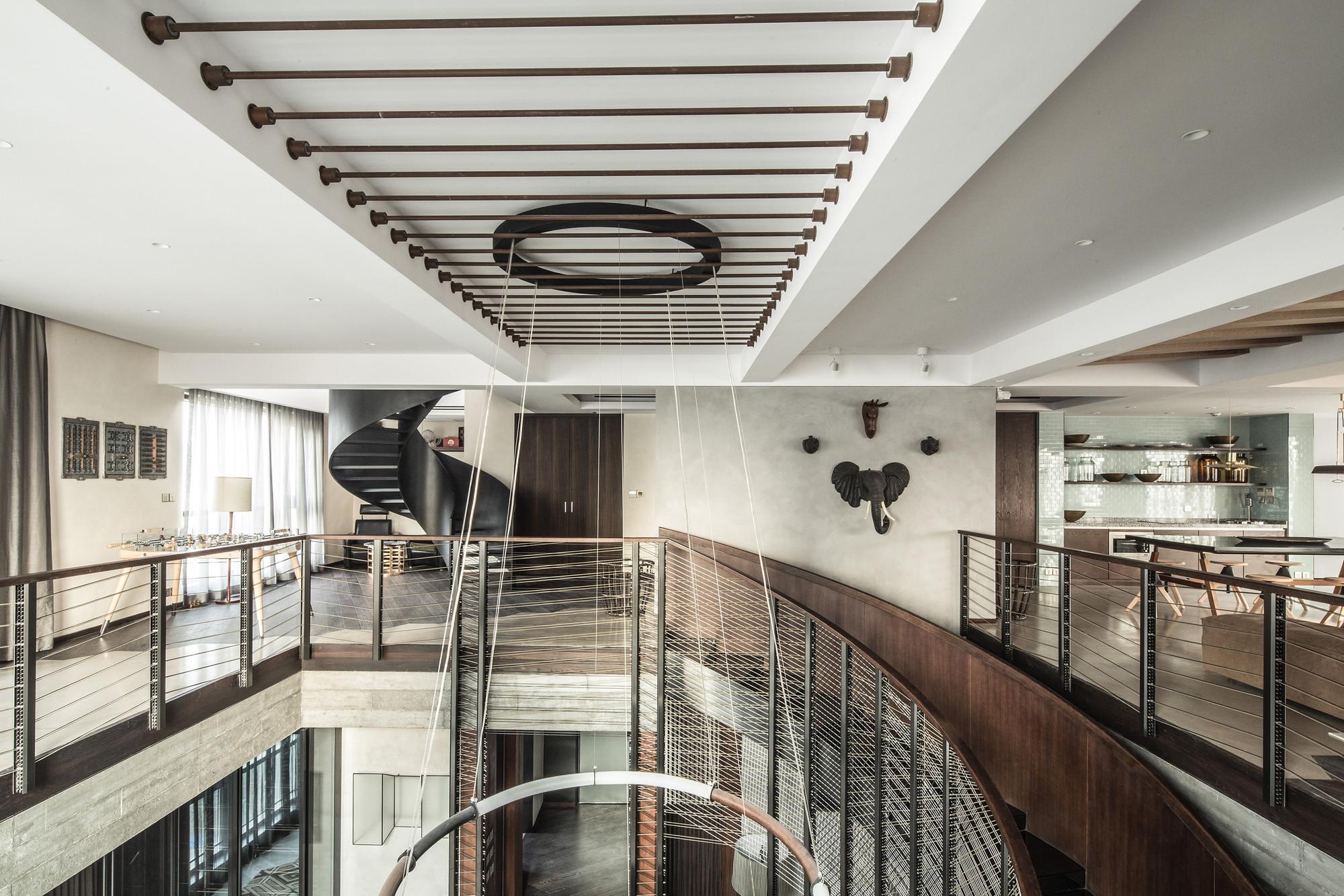 LO MEJOR en vivienda: Xintiandi Penthouse; Shanghai, China / JOYCE WANG STUDIO. Imágen cortesía de INSIDE