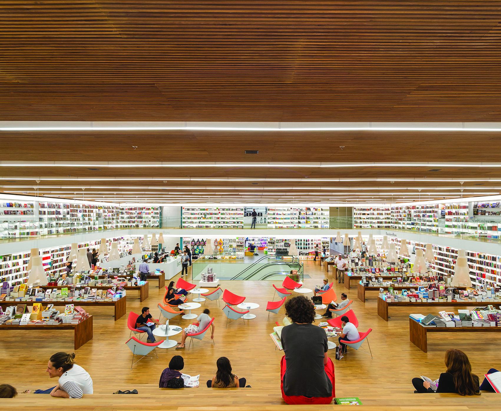 Los premios INSIDE nominan los Mejores Espacios Interiores de 2014 (1era parte), LO MEJOR  del retail: Librería Cultura; Sao Paulo, Brazil / studio mk27. Imágen cortesía de INSIDE