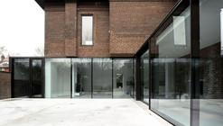 Street House  / gh3