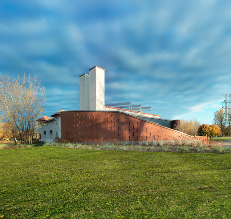 Edificio de la Depuradora LaSalle / Affleck de la Riva architects, © Marc Cramer