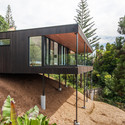 Ducansby Road, Red Beach, Auckland / Ltd Architectural. Image Courtesy of ADNZ