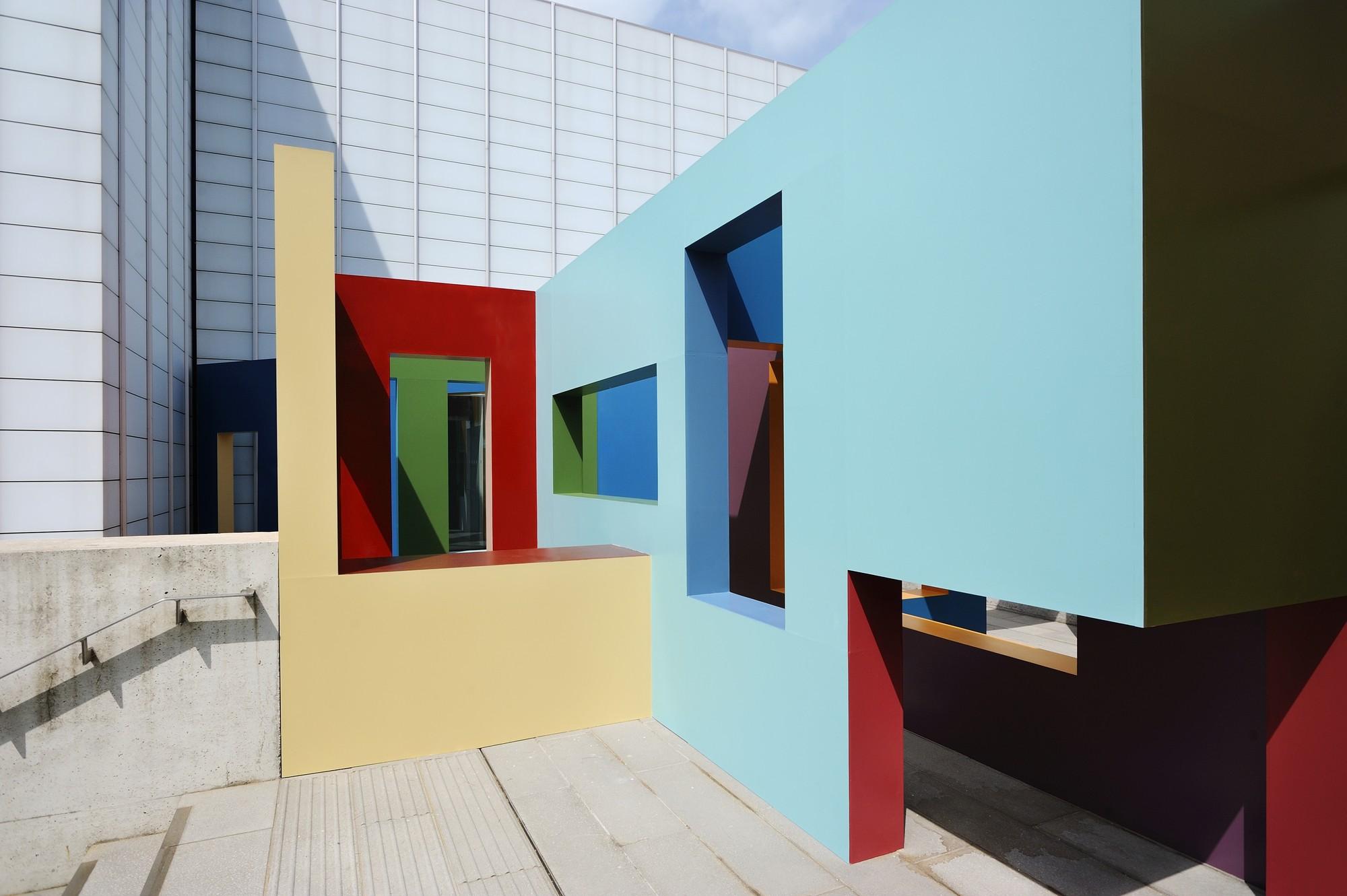 Dwelling: la construcción de estructuras laberínticas y lúdicas por Krijn de Koning, © Thierry Bal
