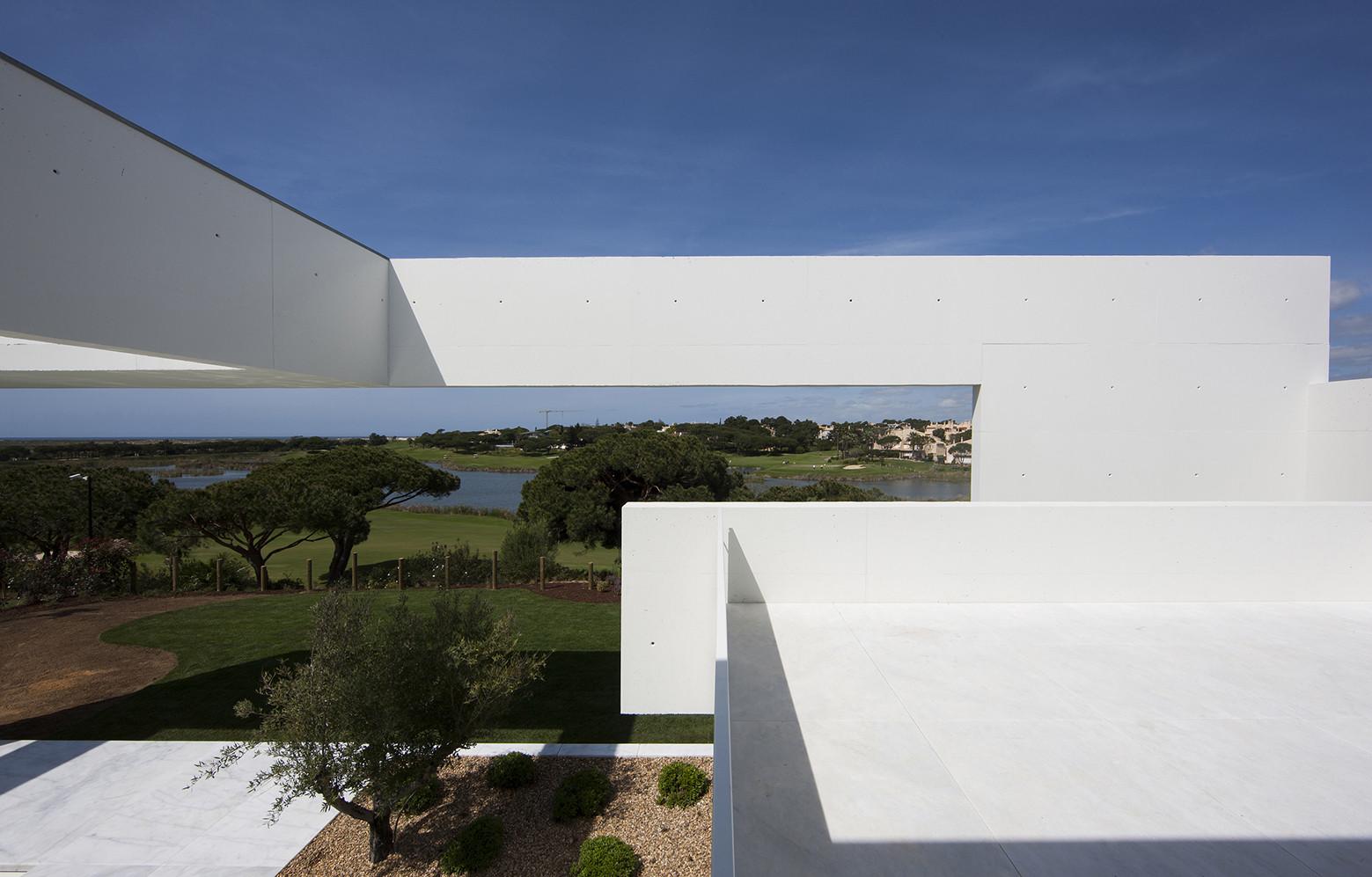 Gallery of house in quinta do lago topos atelier de - Atelier arquitectura ...