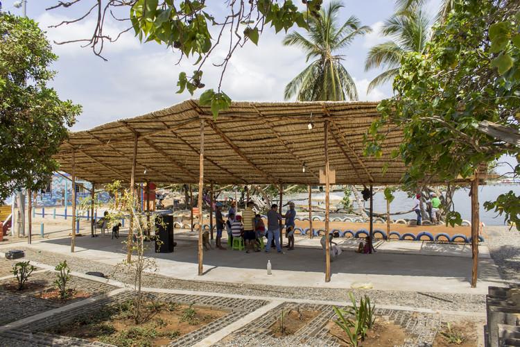 Capitán Chico, Santa Rosa de Agua / Maracaibo [HSF Habitat Sin Fronteras + Independientes]. Image Courtesy of PICO Estudio