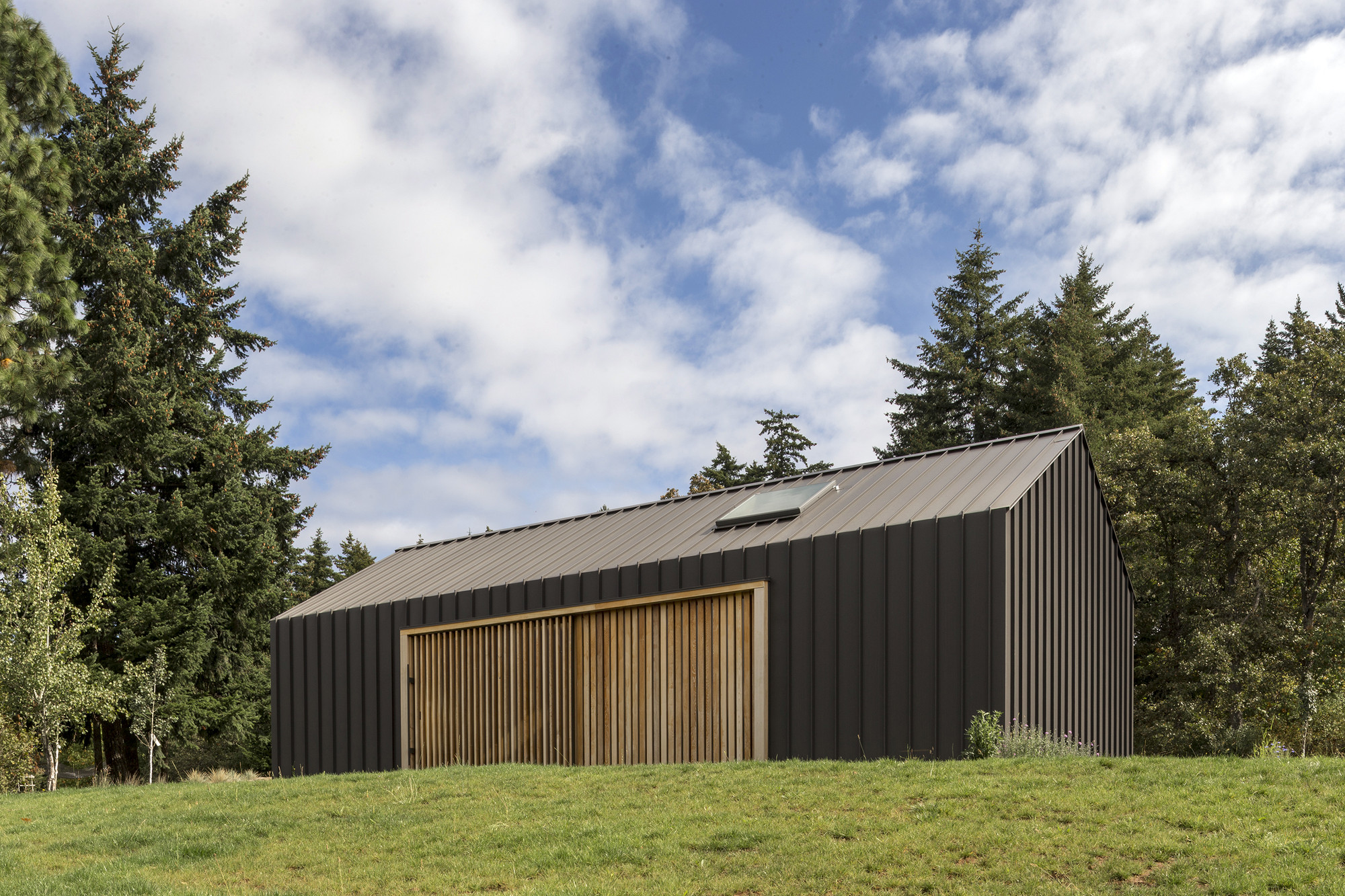 Metal Tractor Barns : Elk valley tractor shed fieldwork design architecture