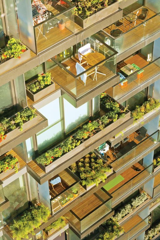 Best Sustainable Development of the Year: One Central Park; Sydney, Australia / Ateliers Jean Nouvel and PTW Architects