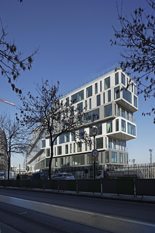 gallery of strato office block hardel et le bihan architectes 5. Black Bedroom Furniture Sets. Home Design Ideas