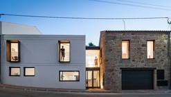 JA House / Filipe Pina + Maria Ines Costa