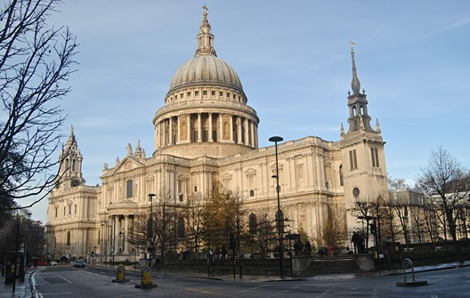 St. Paul's Cathedral, London. Image © Flickr CC User locosteve