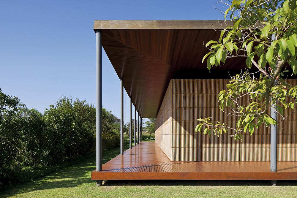 ML House / Bernardes Jacobsen, © Leonardo Finotti
