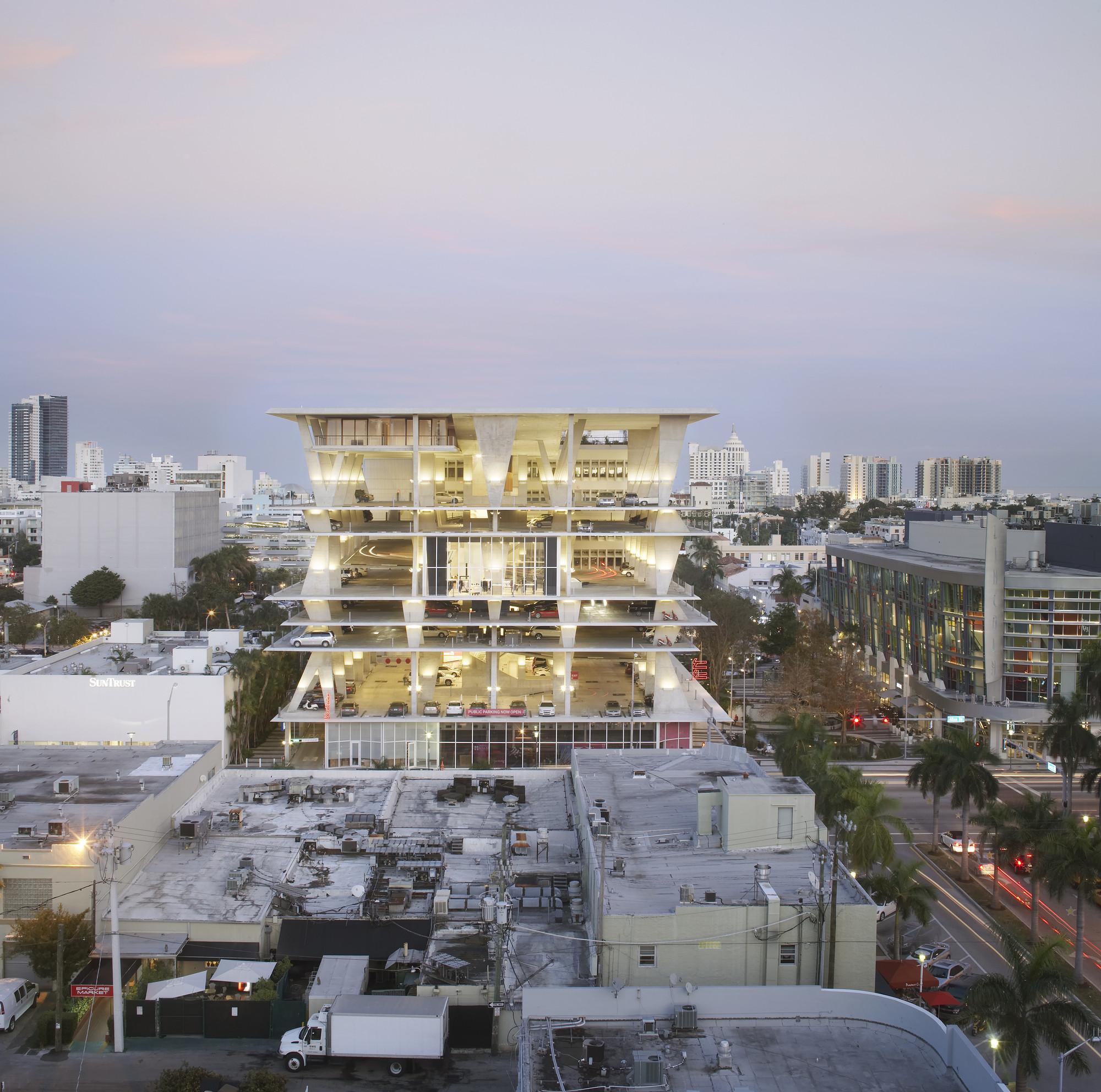 1111 Lincoln Road. Miami, Florida, USA. Imagen © Hufton + Crow / Cortesía de of MCHAP