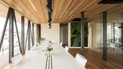 Glass + Wood / Hamada Design