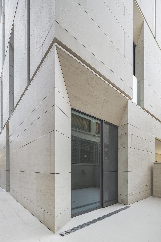 Gallery of MORA Residential Building / ADN Birou de ...