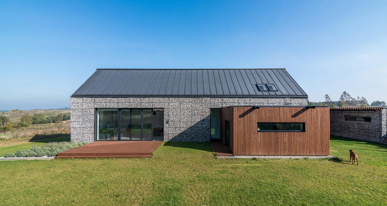 Casa en el paisaje / Kropka Studio, © Maciej Lulko