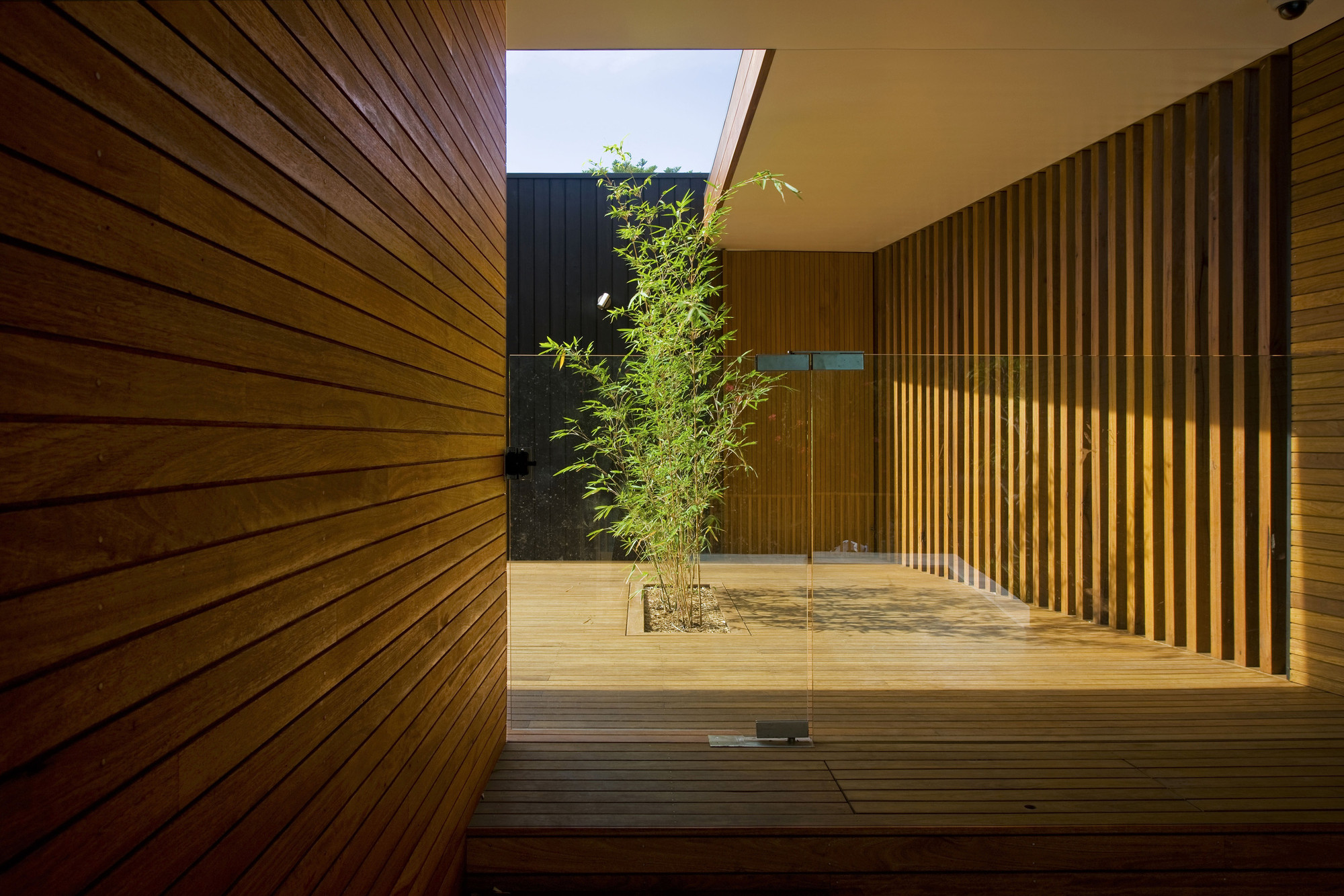 gallery of narrabeen house chrofi 4. Black Bedroom Furniture Sets. Home Design Ideas