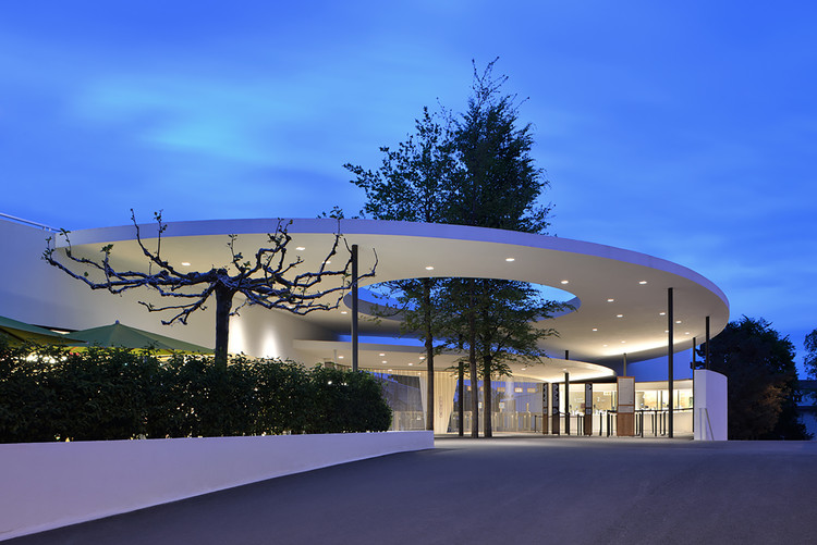 Zurich Zoo Foyer Renovación y Ampliación / L3P Architects, © Sabrina Scheja