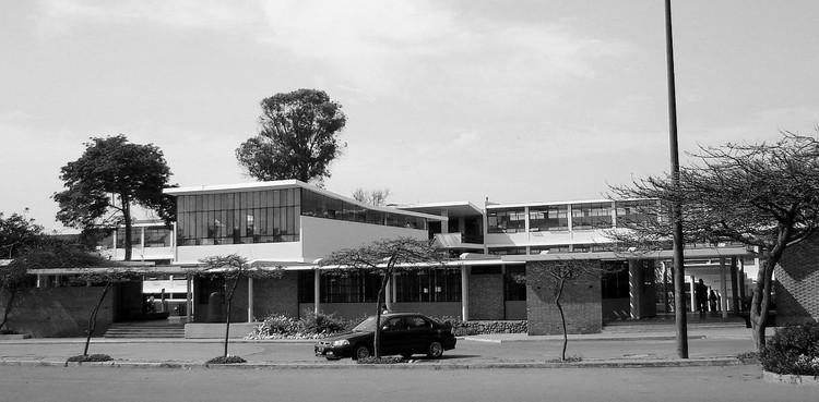 Clásicos de Arquitectura: Facultad de Arquitectura U.N.I Lima / Mario Bianco, © Guillermo Arévalo Aucahuasi