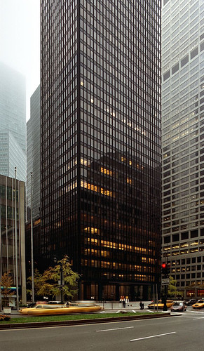 The final innovation in the system was Mies's Seagram Building: Mies ingeniously employed the facade unit as an internal organising system. Image © Hagen Stier