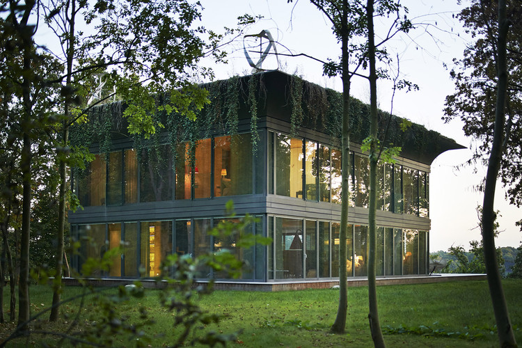 Casas P.A.T.H. / Philippe Starck + Riko, Cortesía de Philippe Starck