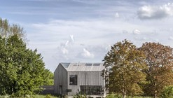 House In Oxfordshire / Peter Feeny Architects