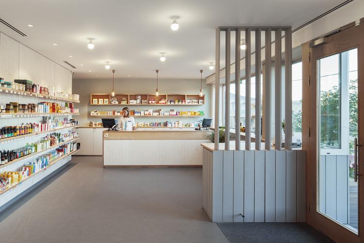 Farmacia de Campolongo / GLF Arquitectos, © Luis Díaz Díaz
