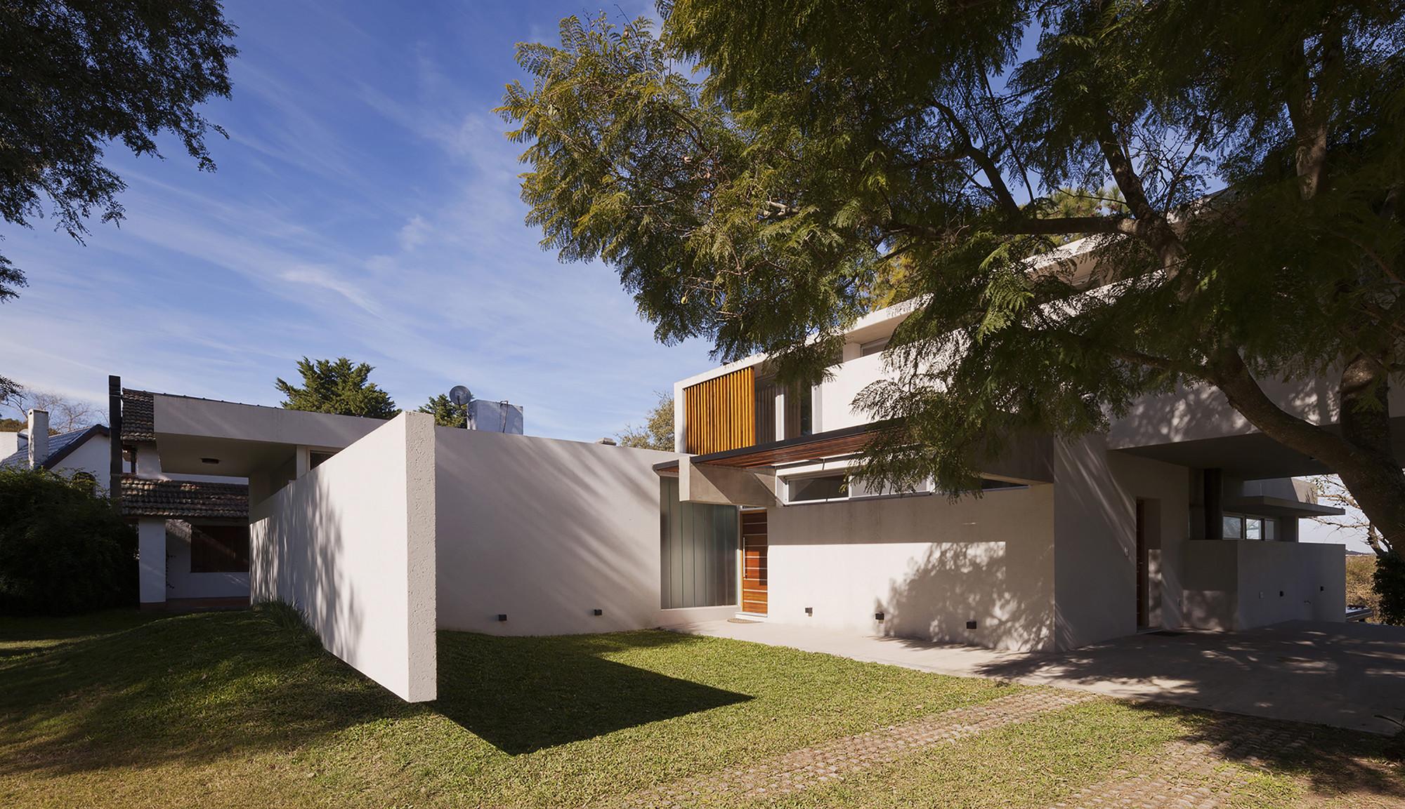 Lottersberger house estudio irigoyen navarro - Estudio 3 arquitectos ...