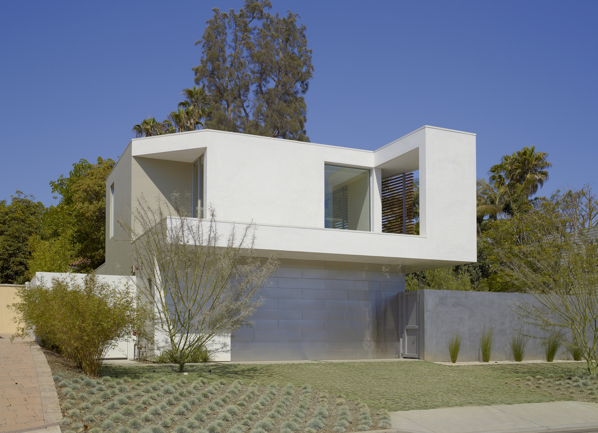 Gallery of ehrlich retreat john friedman alice kimm - Limposante residence contemporaine de ehrlich architects ...