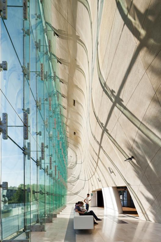 "Museo Polaco de Lahdelma & Mahlamäki gana la primera versión del ""Finlandia prize of Architecture"", Museo de la historia Judio-Polaca / Lahdelma & Mahlamäki + Kuryłowicz & Associates. Imágen © Pawel Paniczko"