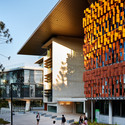UQ Advanced Engineering Building. Image Courtesy of Australian Institute of Architects