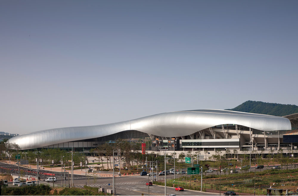 Hwaesong Sport Complex DRDS / Hwaesong, Kyunggi; Korea . Image Courtesy of AIA Los Angeles