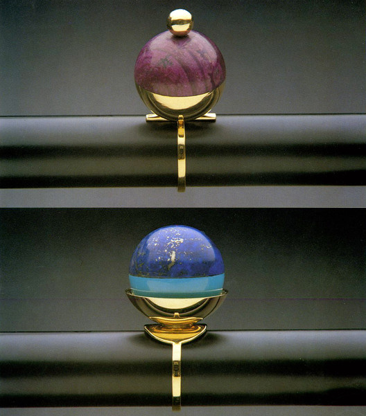 Jewelry designed by Robert Venturi. Image © Rizzoli New York Courtesy of Sight Unseen