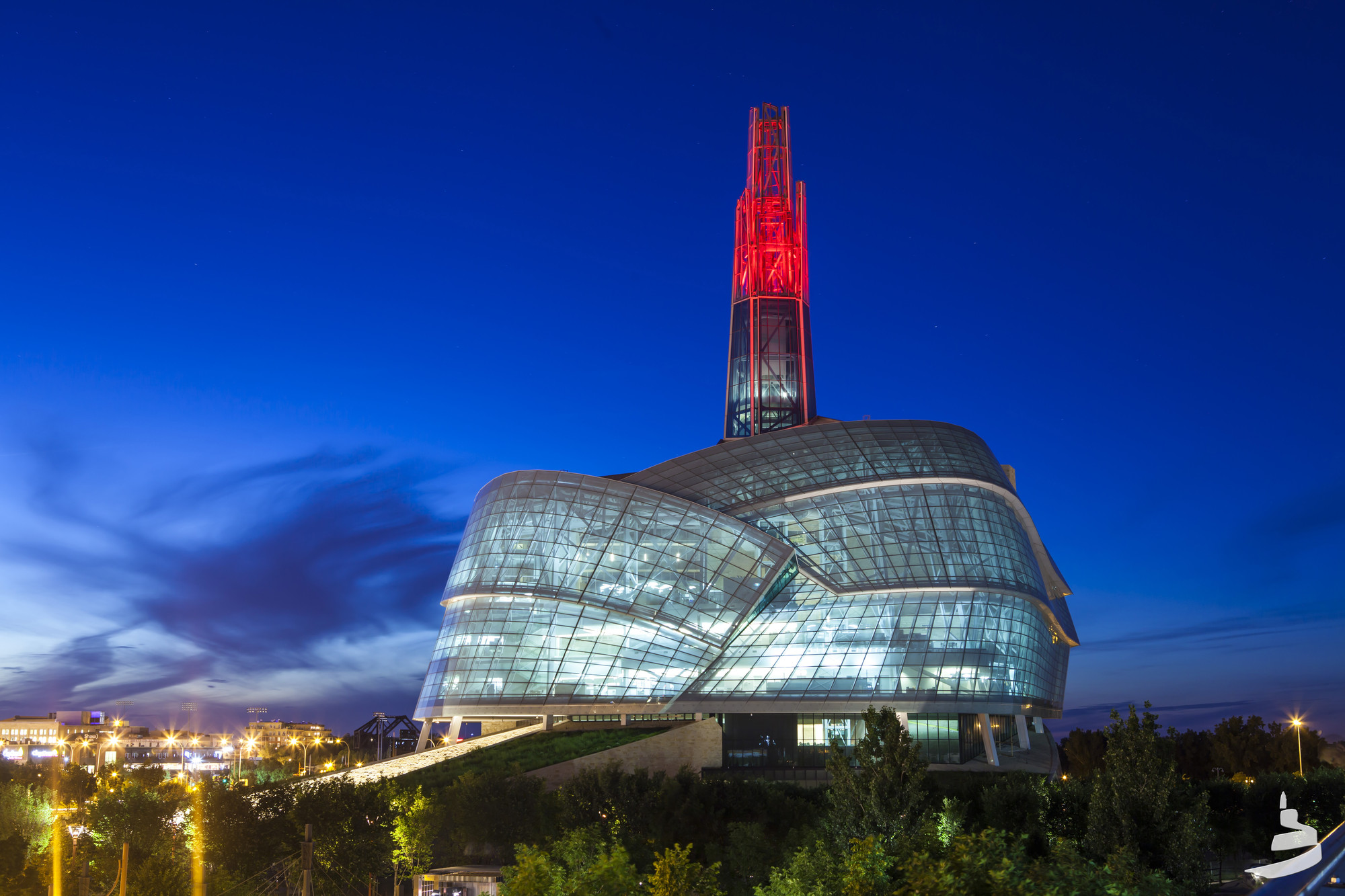"The Canadian Museum for Human Rights: ""Failed Memorial and White Elephant""?, Canadian Museum for Human Rights. Image © Aaron Cohen/CMHR-MCDP"