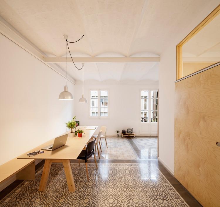 Reforma de un piso en eixample de barcelona adri n - Reforma pisos barcelona ...