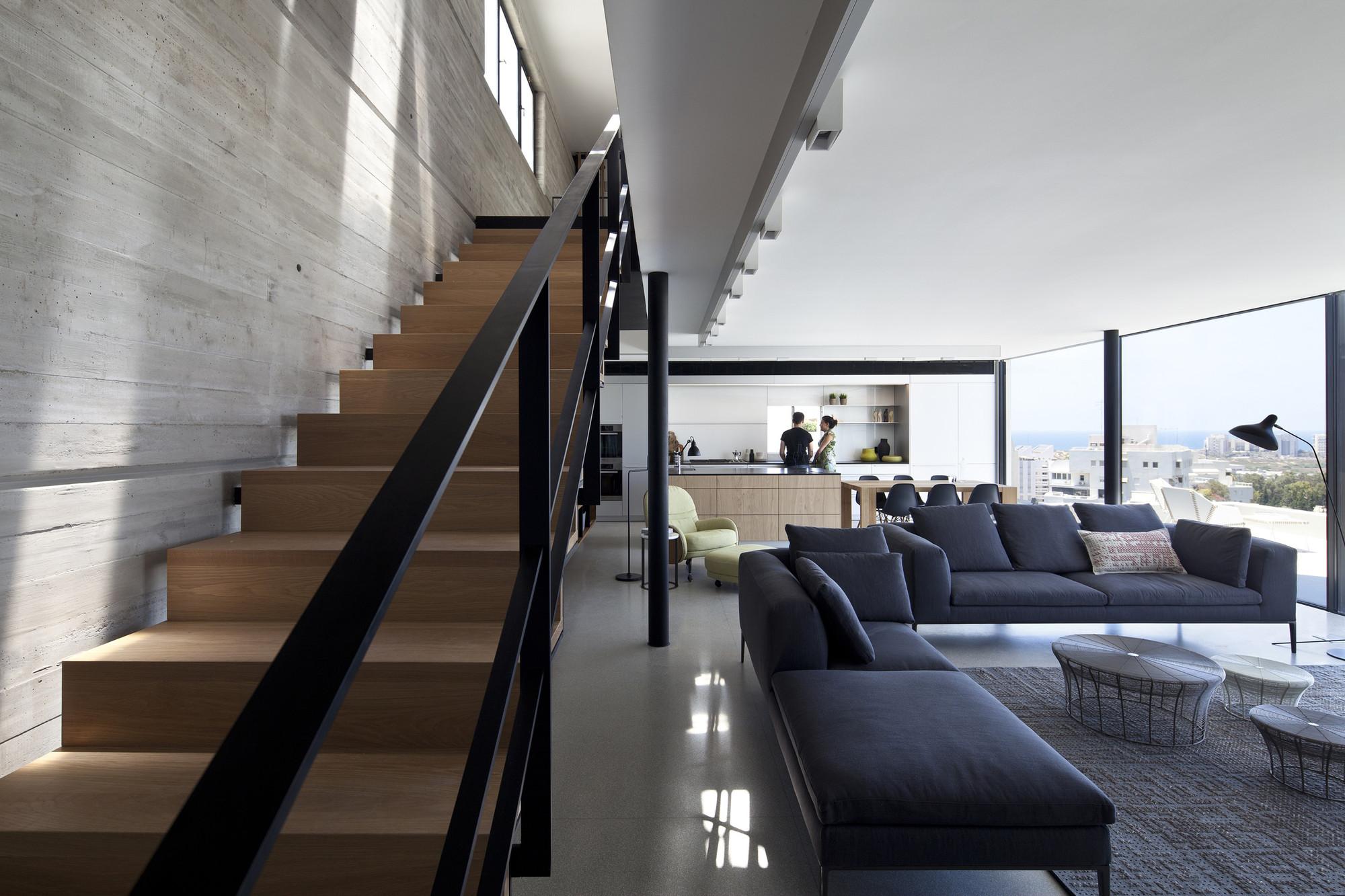 Y Duplex Penthouse / Pitsou Kedem Architects, © Amit Geron