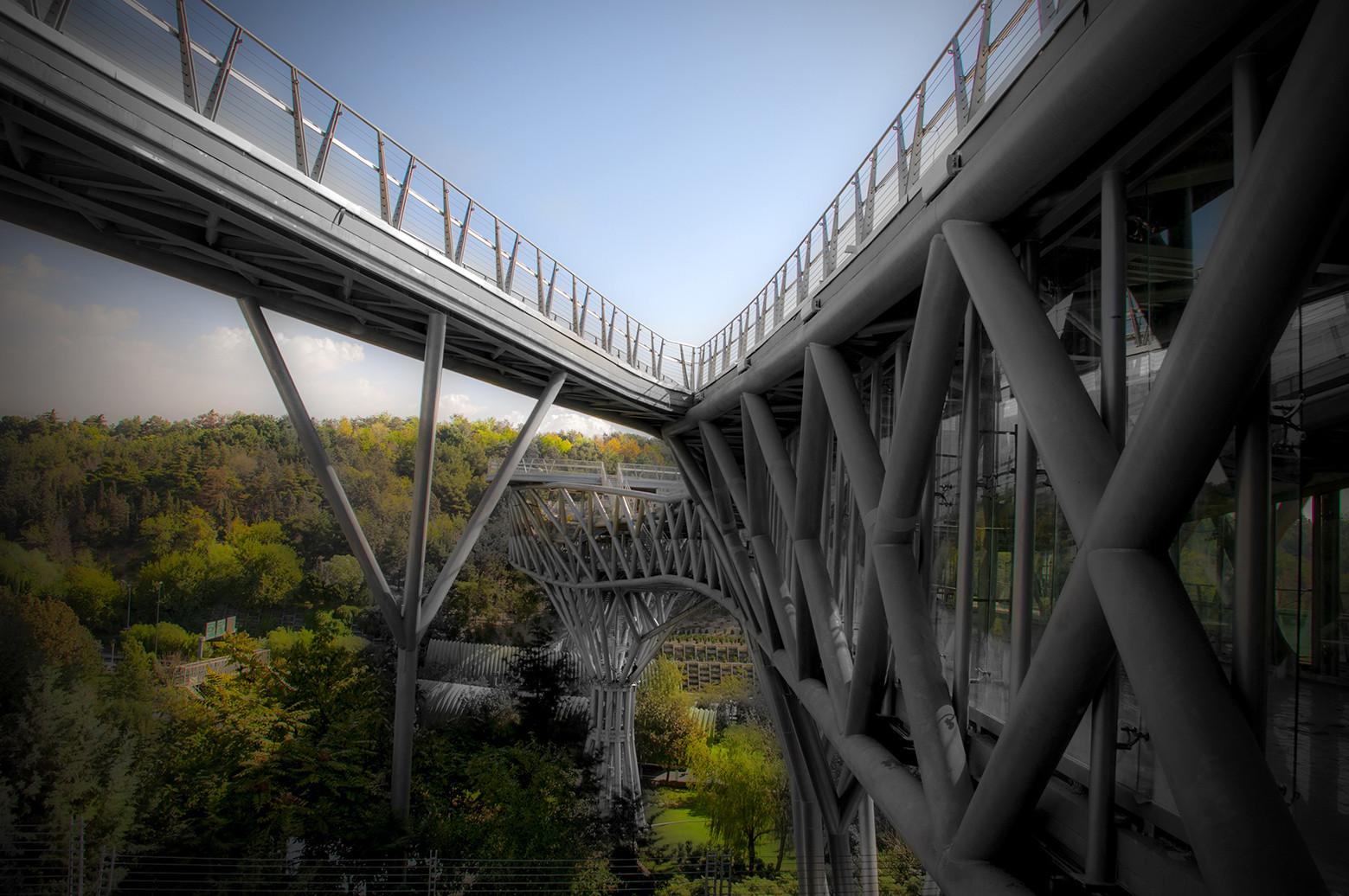 Tabiat Pedestrian Bridge / Diba Tensile Architecture, © Sina Ahmadi