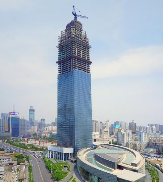 Forum 66 Torre 2 en Shenyang, China — 350m. Imagen © z0rg/SkyscraperCity