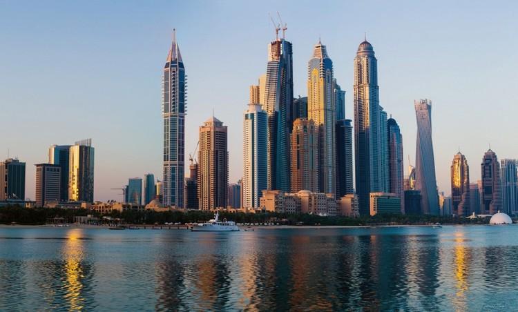 © photo Q.Thang/Flickr. Imagen Marina 101 en Dubai — 426m