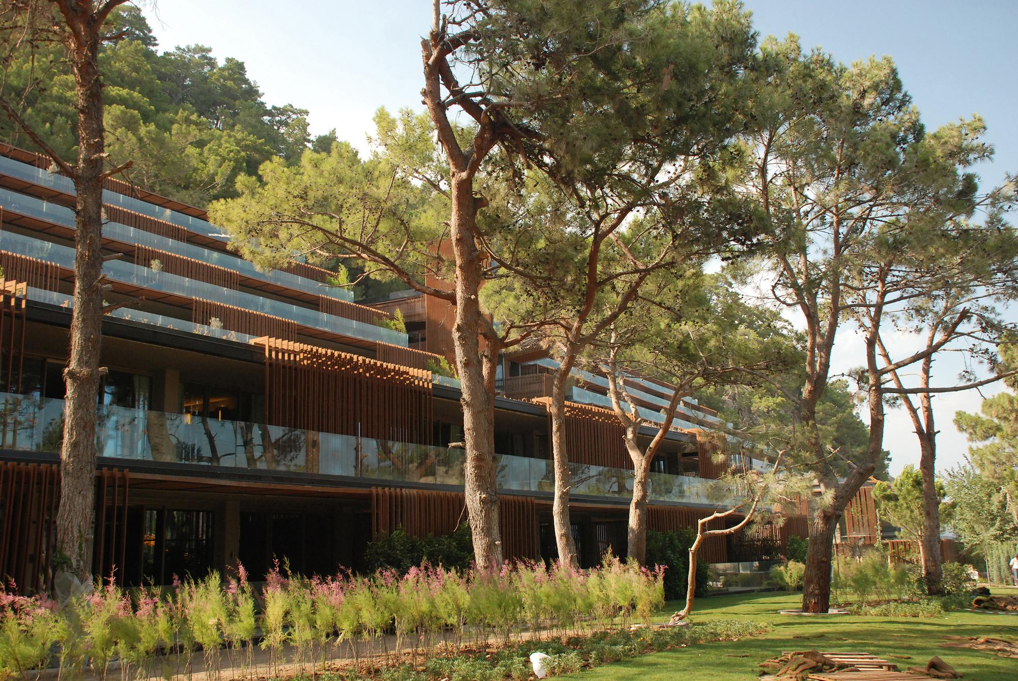 Maxx oyal Kemer Hotel / Baraka rchitects rchDaily - ^