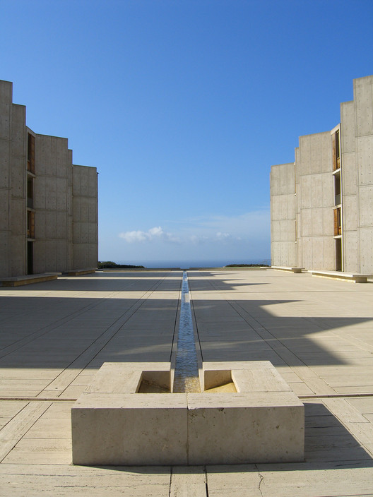 "Can Good Architecture Be as Calming as Meditation?, Louis Kahn's Salk Institute was among the ""contemplative architecture"" that the researchers used during the study. Image © Flickr CC User dreamsjung"
