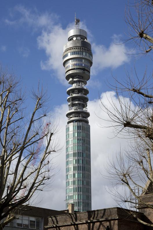 1964: BT Tower, Londres. Imagen © Sarah J Duncan