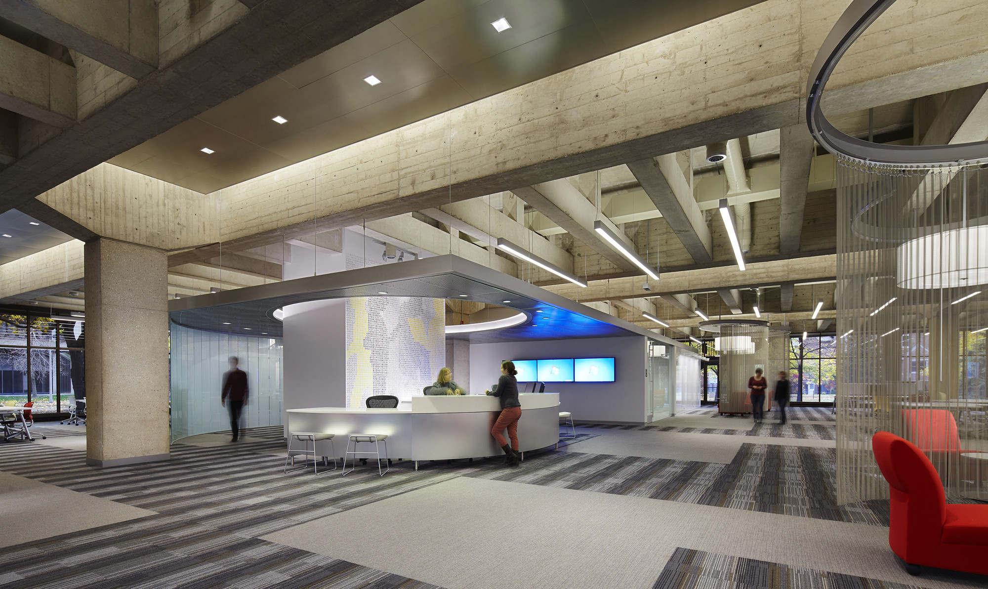 University of Illinois at Chicago Daley Library IDEA Commons / Woodhouse Tinucci Architects, © Christopher Barrett