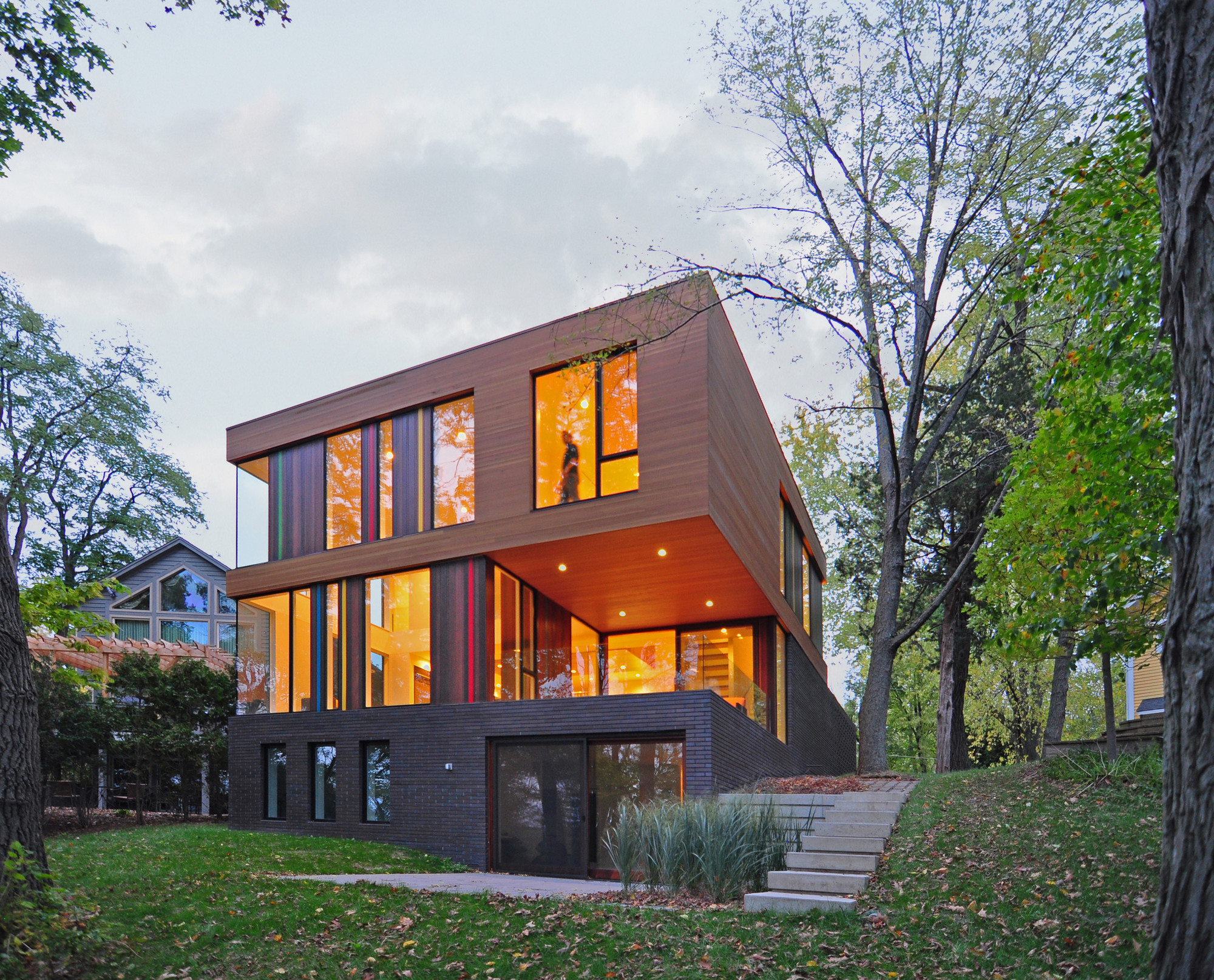 Gallery of redaction house johnsen schmaling architects 4 - Design homes wi ...
